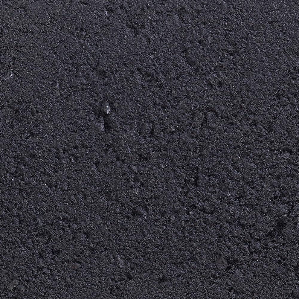 EK04 - Black